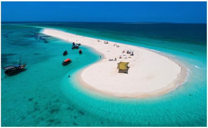 Sandbank in front of Stone Town on Zanzibar